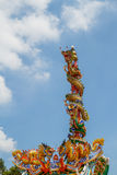 Drakenstandbeeld twee torens Royalty-vrije Stock Foto