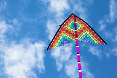 Drakes färger i den blåa himlen Arkivbild