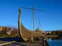 Drakkar北欧海盗木小船 库存图片