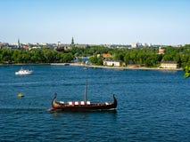 Drakkar en el mar Báltico imagen de archivo libre de regalías