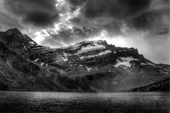 Drama atrás das montanhas Imagem de Stock Royalty Free