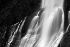 Dramatic blurred view of waterfall Royalty Free Stock Photos