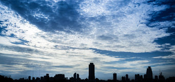 Dramatic city sky Royalty Free Stock Photography
