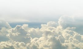 Dramatic clouds. Blue sky with white clouds Royalty Free Stock Photos