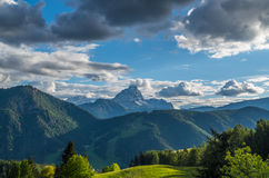 Dramatic clouds over mountain Peitlerkofel in south tyrol, Italy Stock Photography