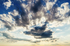 Dramatic clouds and sunrays Royalty Free Stock Photos