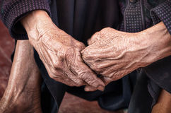 Dramatic hands of an old unidentified Person Royalty Free Stock Images