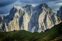 Dramatic mountain ridge Royalty Free Stock Photos