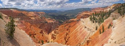 Free Dramatic Red Rock Panorama In A Mountain Canyon Stock Photography - 165951922