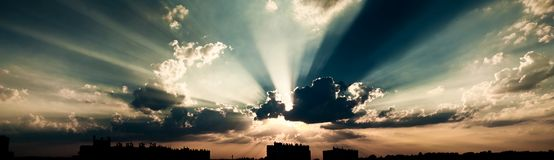Free Dramatic Sky Stock Images - 15429454