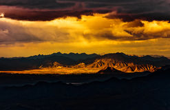Dramatic sky over mountain Royalty Free Stock Images