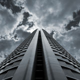 Dramatic Skyscraper Royalty Free Stock Image