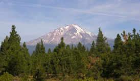 Dramatic Sun Light Hits Mount Shasta Cascade Range California Stock Photos