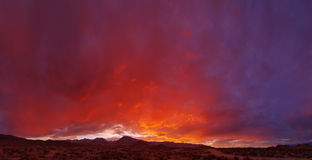 Dramatic Sunset. Over the eastern sierra mountains with Mount Humphreys and Mount Tom near Bishop California Royalty Free Stock Photography