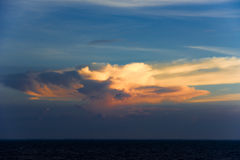 Dramatic sunset cloud over sea Royalty Free Stock Images