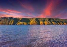 Dramatic sunset on lake Royalty Free Stock Images