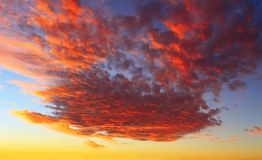 Dramatic sunset sky and beautiful clouds royalty free stock photos