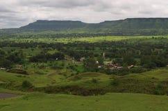 Dramatisch Satara-dorp landschap-iv royalty-vrije stock afbeeldingen