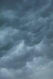 Dramatische Cloudscape Stormachtige wolken op de hemel Stock Foto's