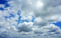 Dramatische cloudscape, wolkenhemel Stock Afbeelding