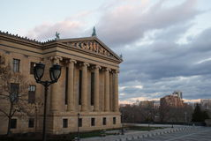 Dramatische hemelen boven het Museum van de Kunst van Philadelphia Stock Afbeelding