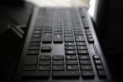 Dramatische mening van computertoetsenbord stock afbeeldingen