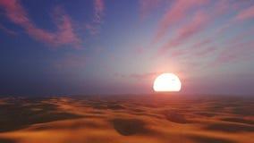 Dramatische zonsondergang in Afrikaanse woestijn stock video