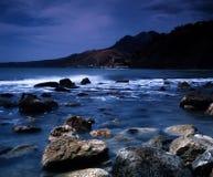 Dramatisk afton på Blacket Sea Arkivfoton