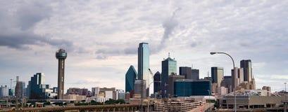 Dramatisk himmel Dallas Texas North America för panoramautsikt royaltyfri foto