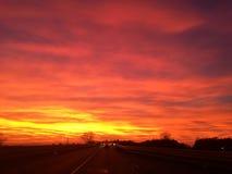 Dramatisk himmel på solnedgången 29 Oktober 2017 arkivfoton