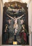 Dramatisk INRI inom basilikadina Santa Caterina, Galatina, Italien Arkivfoto