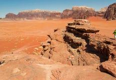 Dramatisk landskapWadi Rum öken, röd sand, arv för Jordan Middle East UNESCOvärld Exotiskt begrepp för affärsföretag Royaltyfri Bild