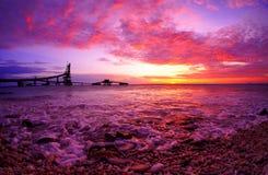 Dramatisk scenisk solnedgång royaltyfri fotografi