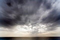 dramatisk sky royaltyfria bilder
