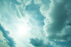 dramatisk sky Fotografering för Bildbyråer