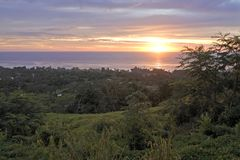 Dramatisk solnedgångRarotonga kock Islands Royaltyfri Foto
