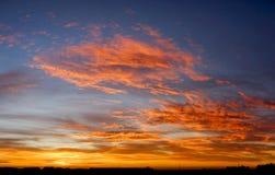 Dramatisk soluppgång Royaltyfri Foto