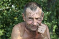 Dramatisk stående av den ledsna mannen Fotografering för Bildbyråer