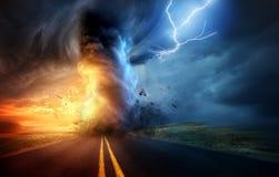 Dramatisk storm och tromb Fotografering för Bildbyråer