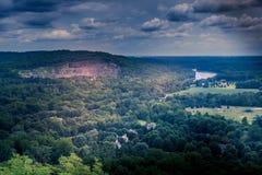 Dramatiskt berg Fotografering för Bildbyråer