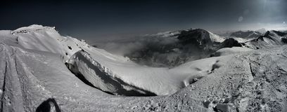 Dramatiskt berg-Pamorama over4k Royaltyfri Fotografi