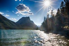 Dramatiskt landskap av glaciärnationalparken Arkivfoto