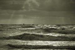 Dramatitic backlit morze Zdjęcia Stock