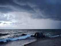Dramatyczna burza na oceanie Zdjęcia Stock
