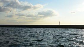 Dramatyczna obłoczna formacja nad błękitnym morzem, Ä°stanbul zbiory wideo
