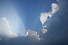 dramatyczne chmury poziomego Obrazy Royalty Free