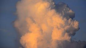 Dramatyczne czerwone grzmot chmury zdjęcie wideo