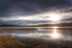 Dramatyczne i piękne chmury nad fjord Obrazy Royalty Free
