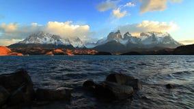 Dramatyczny świt w Torres Del Paine, Chile zdjęcie wideo