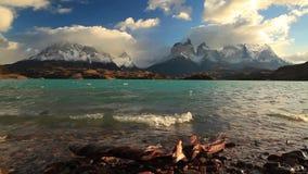 Dramatyczny świt w Torres Del Paine, Chile zbiory wideo